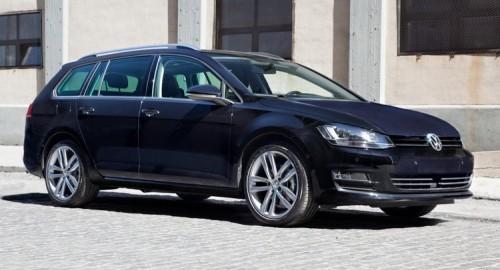 VW-Golf-Sportwagen-0