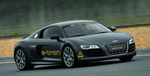 """Audi schickt im Rahmen der ?Silvretta E-Auto Rallye Montafon 2010"""" einen e-tron-Techniktraeger im Kleid eines R8 ins Rennen."""