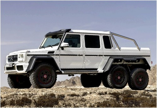 2013-mercedes-benz-g63-amg-6x6-b63s-700-by-brabus_5