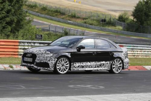 Audi RS3 Sedan наконец-то был запечатлён на гоночном треке