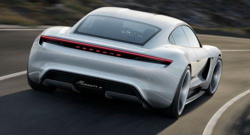 Porsche собирается сделать миниседан Mission E Electric