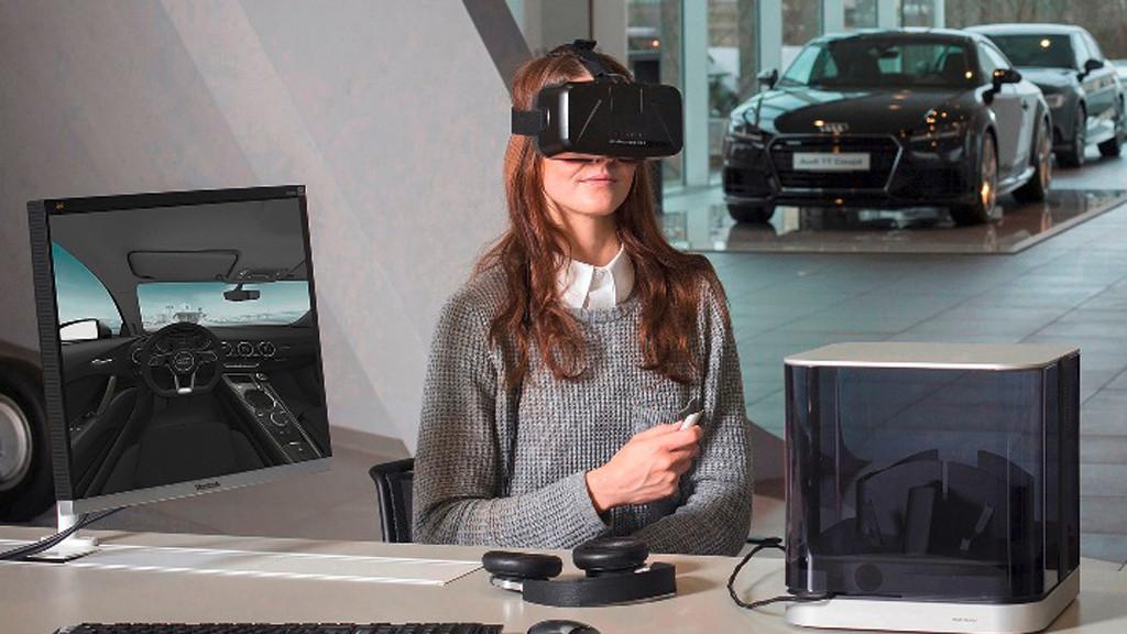 Дилеры Audi будут использовать шлемы виртуальной реальности