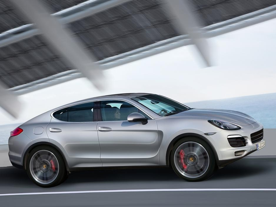 В тренде ли Porsche, или новый Cayenne Coupe