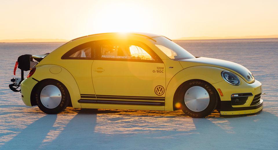 VW Beetle добрался до отметки в 329 км\ч.