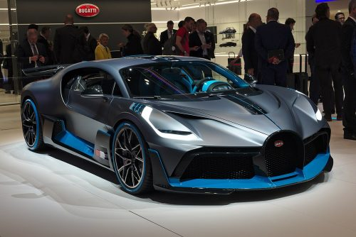Bugatti Divo уже у дилеров