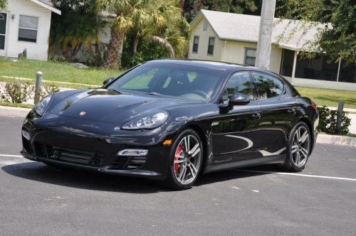 В Китае под отзыв попали 1,5 тыс. Porsche Panamera иTaycan