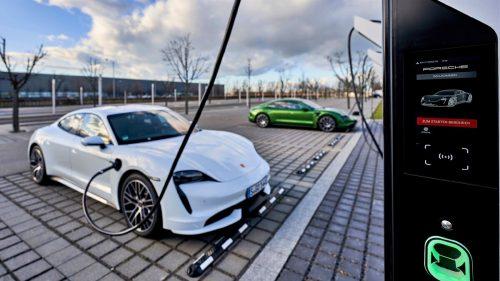 Porsche готовит в России сеть быстрых зарядок